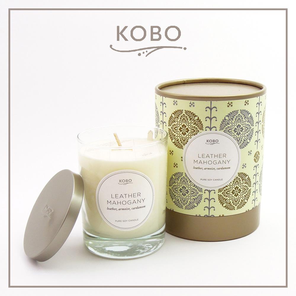 KOBO │美國大豆精油蠟燭 -  桃木皮革 (330g/可燃燒80hr)
