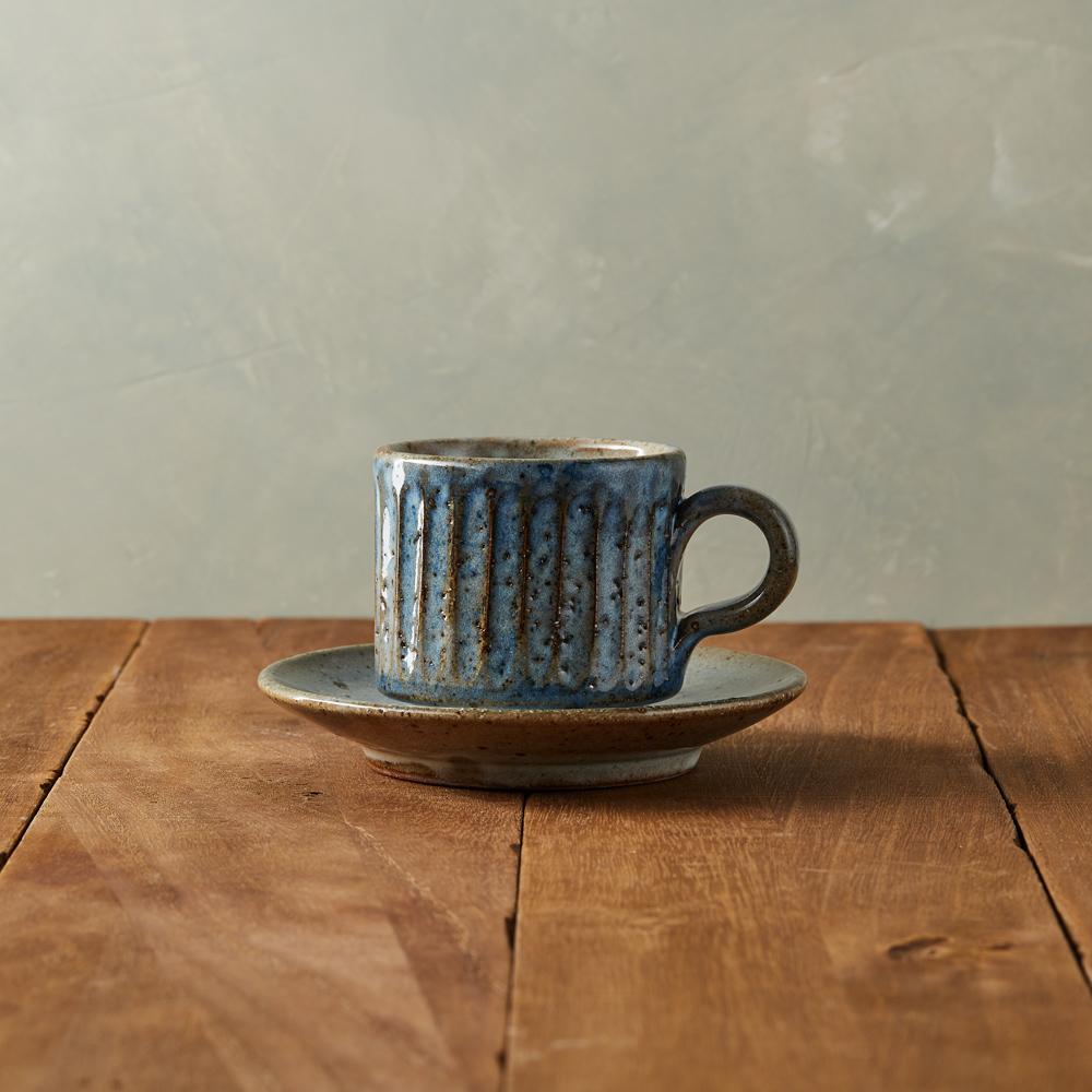 丸伊信樂燒|青萩雕紋咖啡杯碟組(2件式)
