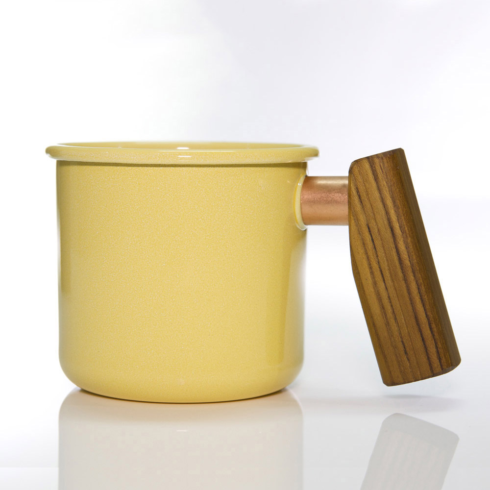 Truvii|奶油黃柚木柄琺瑯杯 400ml