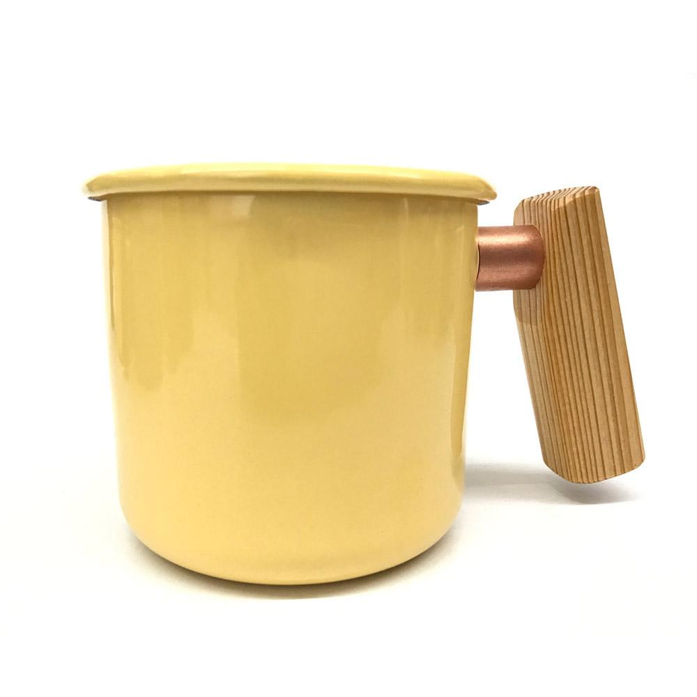 Truvii|奶油黃檜木柄琺瑯杯 400ml
