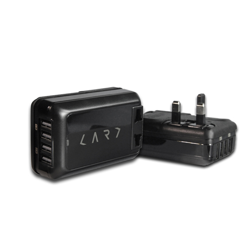 CARD|USB 4port/6A 萬國插座(四孔急速充電器) + 6.3A 安全保險絲-黑色