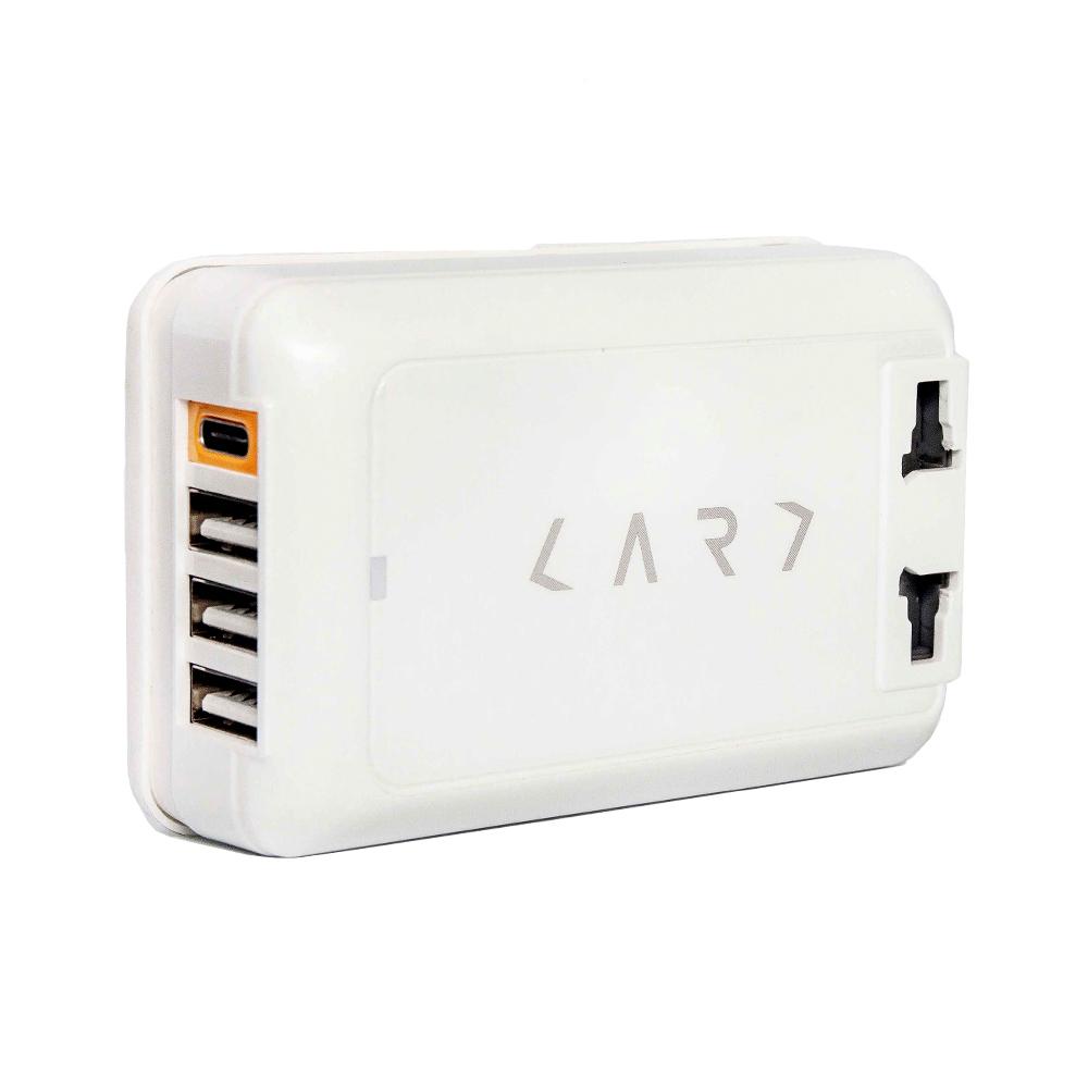 CARD|首創 USB Type-C 多埠全球旅用萬國插座 (白色)