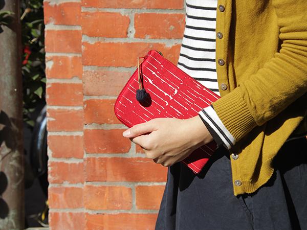 BUWU|手提哩扣包 - 紅石 / 赤痕