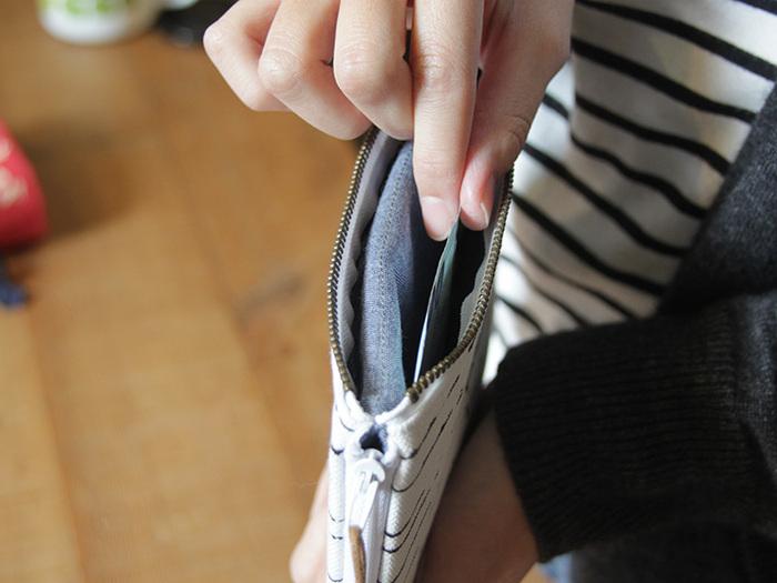 BUWU|手提哩扣包 - 墨石 / 墨痕