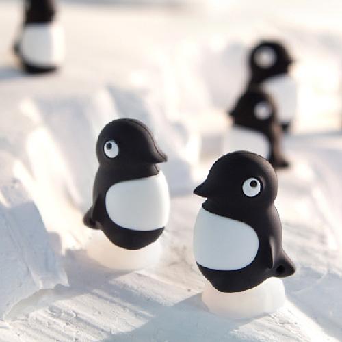 Bone Penguin Dual Driver 企鵝雙頭隨身碟-16G