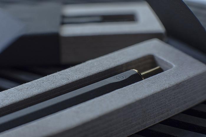 (複製)HMM|反正剪刀(含專屬底座) -銀色