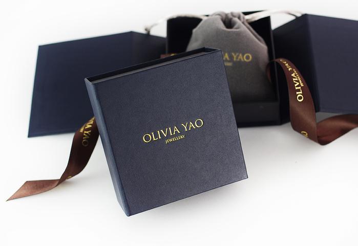 OLIVIA YAO JEWELLERY PEARL DIAMANTE 金色鉚釘珍珠耳環