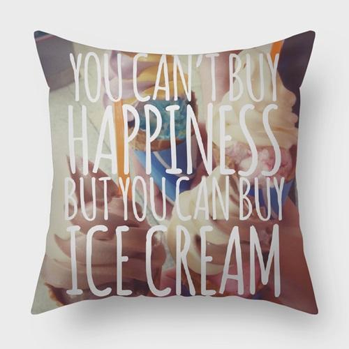 UMade|藝術家創作抱枕-I CHOOSE ICE CREAM. 買不到快樂? 那冰淇淋呢? / JENN.Y(40x40cm)