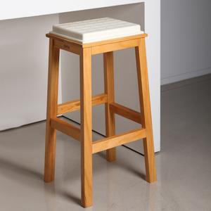 Studio Domo TOFU 豆腐吧檯椅