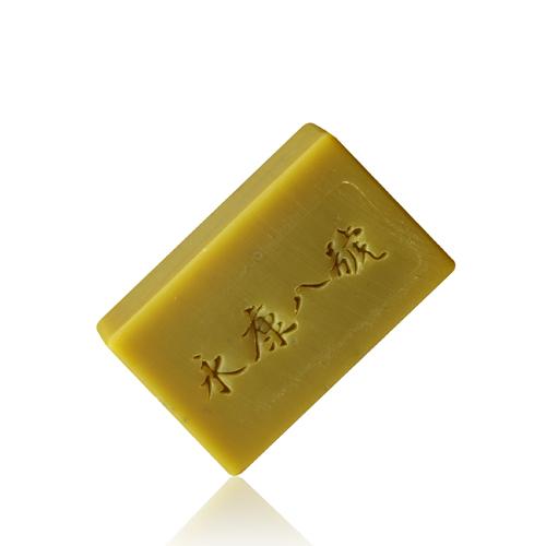 永康八號|淨膚方巾禮盒 D款 / 雪松煥容皂、深層潔淨皂、質感方巾