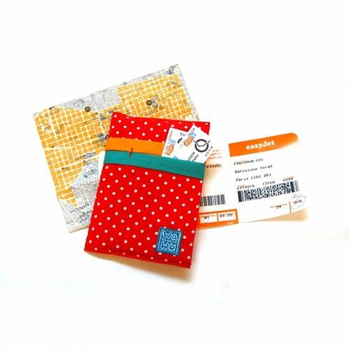 WaWu|護照套(紅色點點)