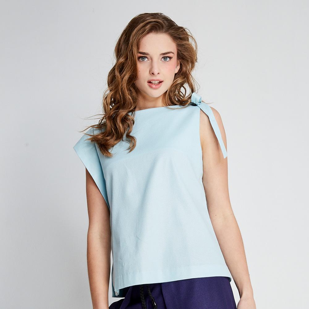 design+ 蝴蝶無袖上衣(FIT1701TP03BL)