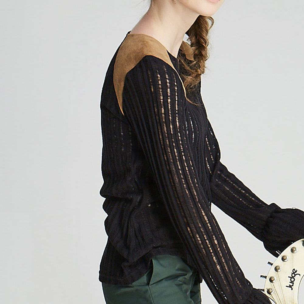 design+|麂皮拼接長袖針織衫(1702TP01BK)