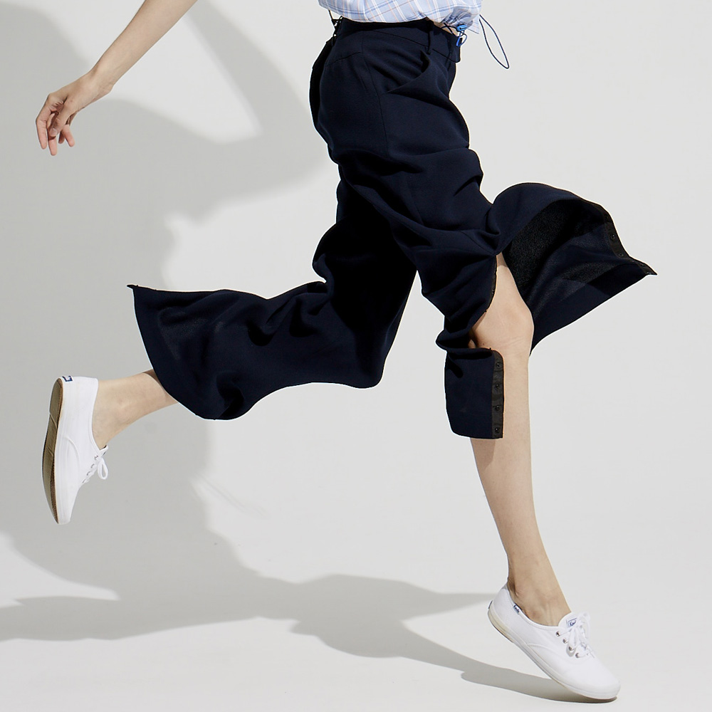 design+|休閒開岔寬褲 /(1801PT01BL-S/M)