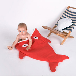 BabyBites|100%純棉手作嬰幼兒睡袋/防踢被/包巾-鯊魚咬一口/喜氣紅