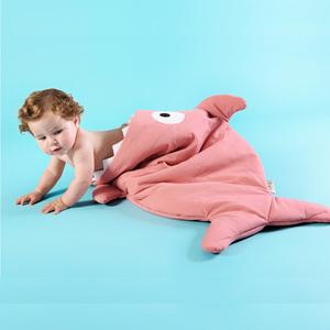 BabyBites|100%純棉手作嬰幼兒睡袋/防踢被/包巾-鯊魚咬一口/莓果牛奶