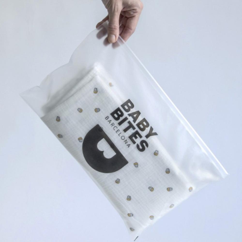 鯊魚咬一口 BabyBites|100% 純棉舒適透氣超萌圖騰包巾-北極企鵝