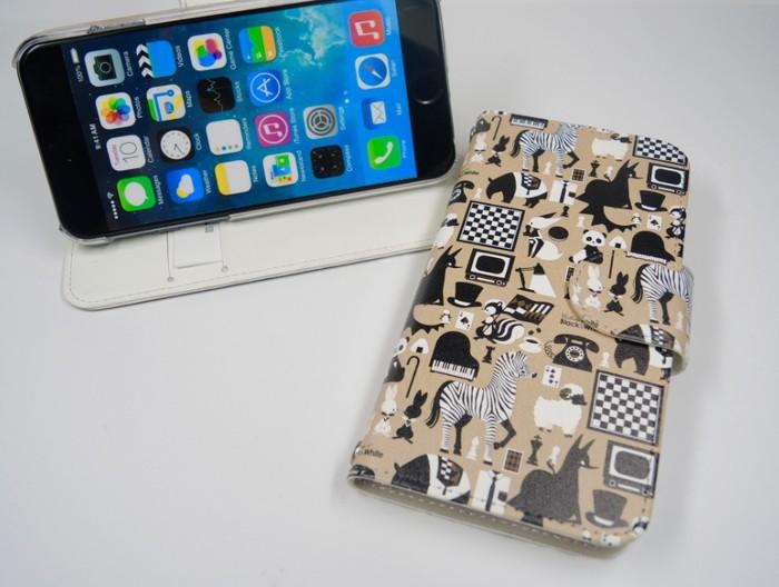 0313|掀蓋手機殼 (黑與白)