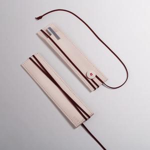紅東東尚好貨社|袋支筆 綁繩子 / 皮繩 書籤筆袋