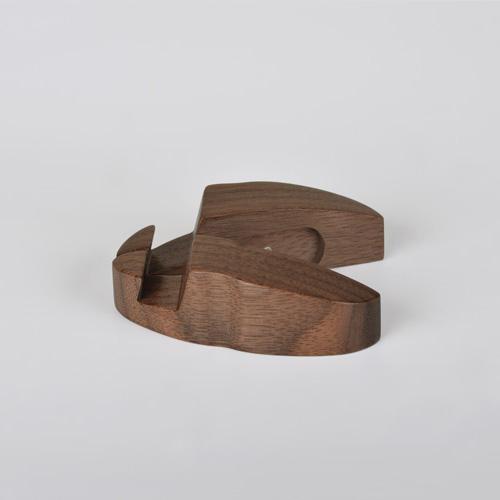 dStand 瓢蟲造型 原木手機架 (胡桃木 / 櫸木)
