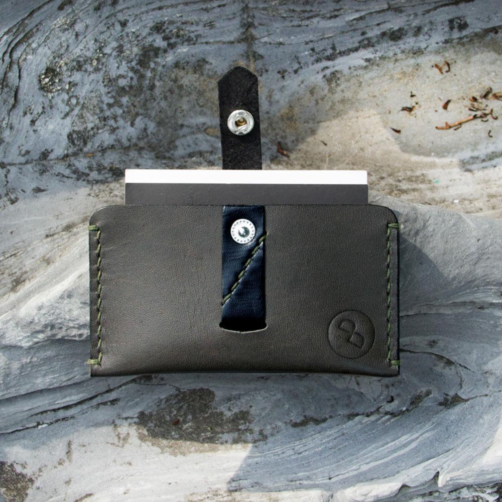 DUAL|頭層牛皮拉帶大容量卡片夾 (墨綠)