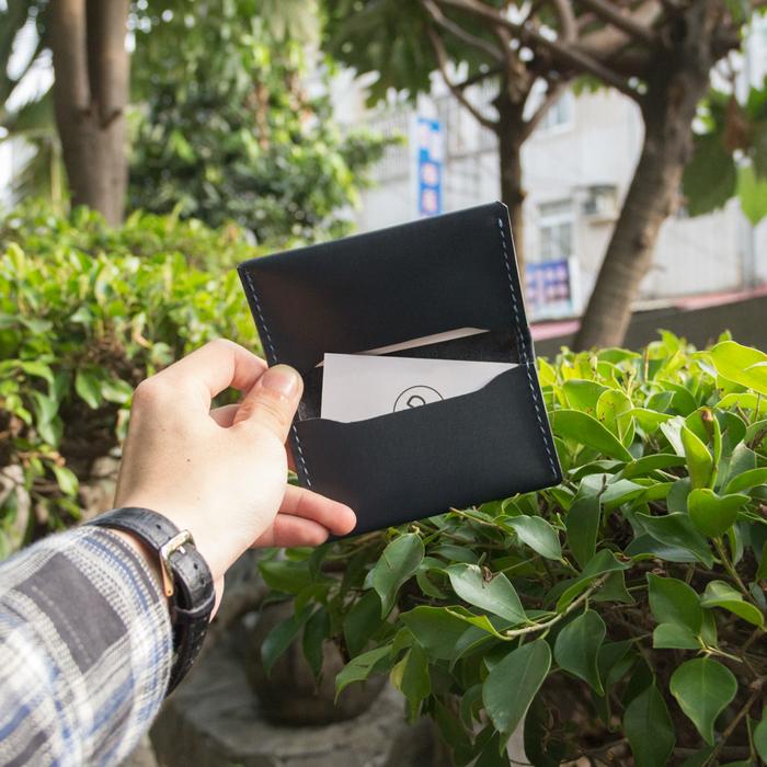(複製)DUAL|頭層牛皮簡約卡片夾 (深藍)
