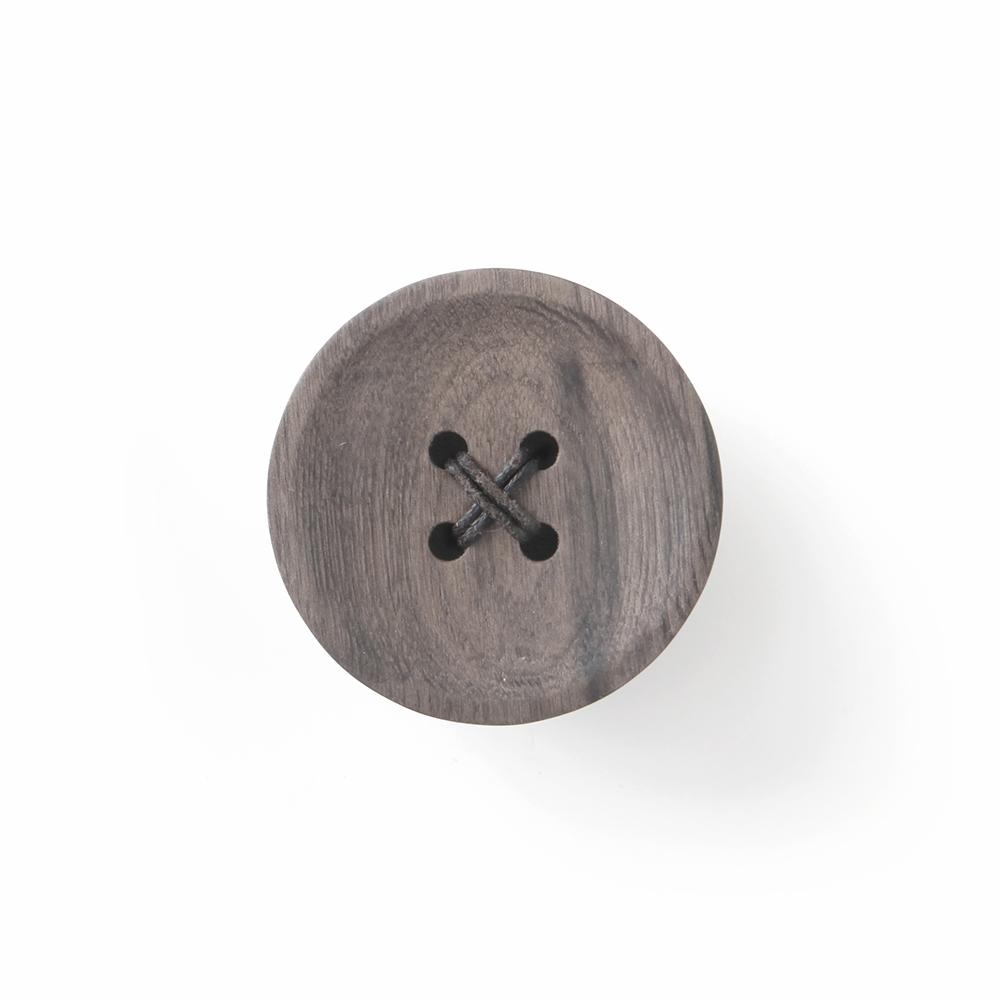 Pana Objects 胡桃木鈕扣-掛架