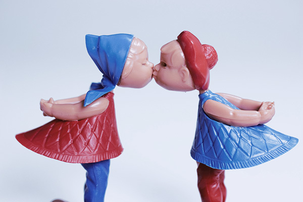 賽先生科學工廠|德國趣味磁力擺飾-經典Kiss情侶