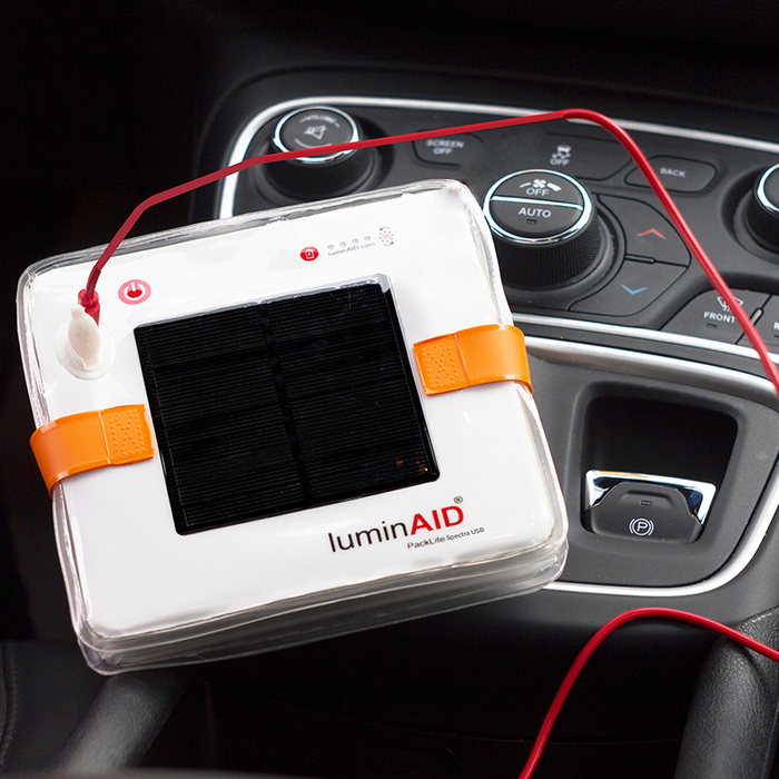 LuminAID|PackLite Spectra USB可充式水陸兩用彩虹太陽能光援燈籠