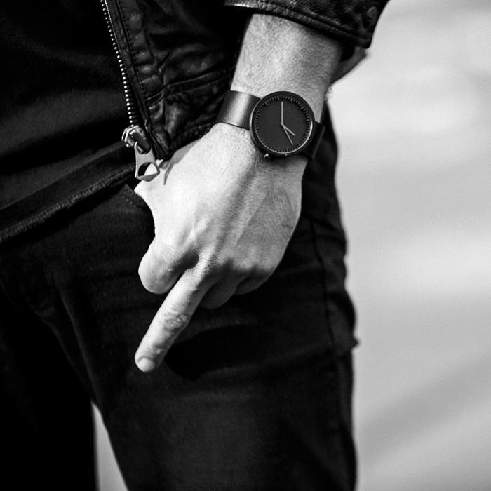 LEFF amsterdam|tube 北歐工業齒輪設計真皮腕錶 (霧黑、黑皮帶)