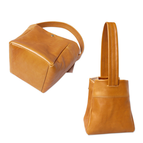 SUOLO|人氣話題 都會休閒方型牛皮小方包/側背包