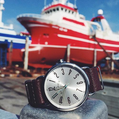 Camden Watch |純英國血統 都會雅痞個性真皮腕錶