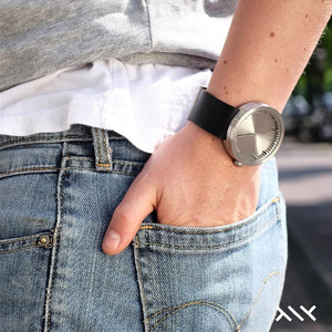 LEFF amsterdam tube  北歐工業齒輪設計真皮腕錶 (38mm,不鏽鋼、黑皮帶)