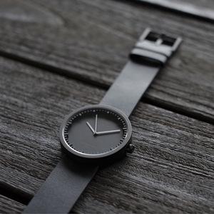 LEFF amsterdam tube 北歐工業齒輪設計真皮腕錶 (38mm,霧黑、黑皮帶)