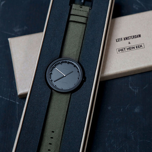 LEFF Amsterdam Tube |北歐工業齒輪設計尼龍 X 小牛皮腕錶 (42mm,霧黑錶盤、 墨綠色尼龍錶帶)