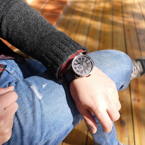 Camden Watch|紳士品味 單眼秒針羅馬數字真皮腕錶(黑)