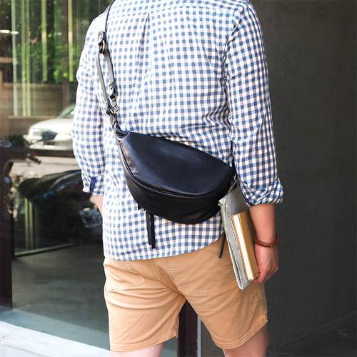 LESS DESIGN|日系瀟灑俐落型,馬皮側背/手提兩用馬鞍包