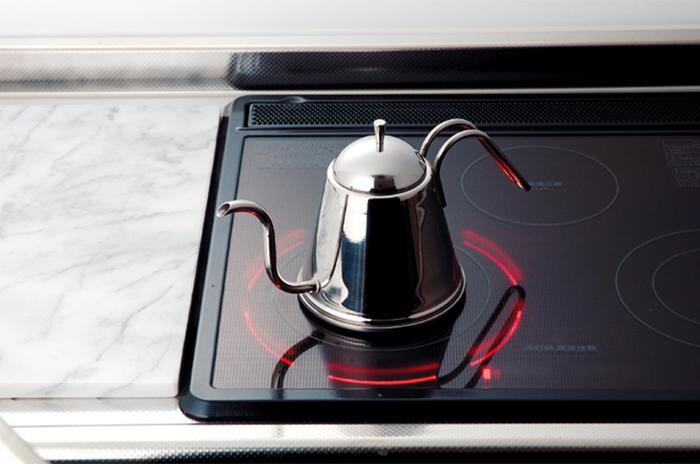 遠馸思創|日本製高質感曲線不鏽鋼細口水壺