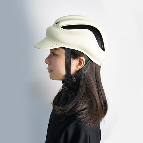 S E i c |皮質復古單車皮帽 |米白