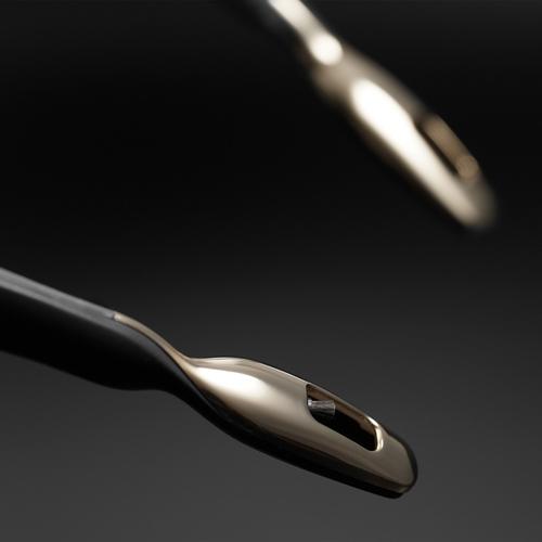 ible × Airvida|頸掛式空氣清淨機-星耀黑