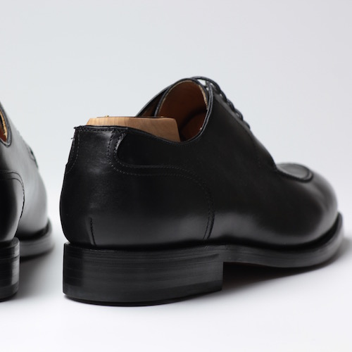 Berwick1707|3566 U-Tip德比 Box-F Negro (黑色)