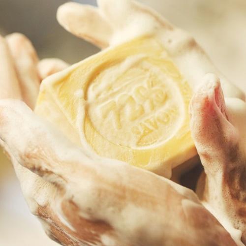 雪文洋行|雨後的咖啡廳72%馬賽皂-(蜂蜜牛奶)