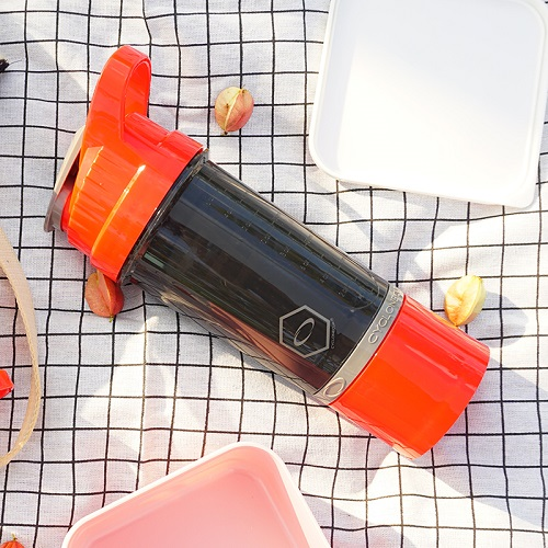Cyclone cup | Amazing Shaker 無毒多功能運動休閒水壺 - 熱情紅