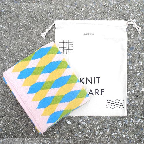 studio chiia好耘設計|針織雙面圍巾(粉邊菱格紋)