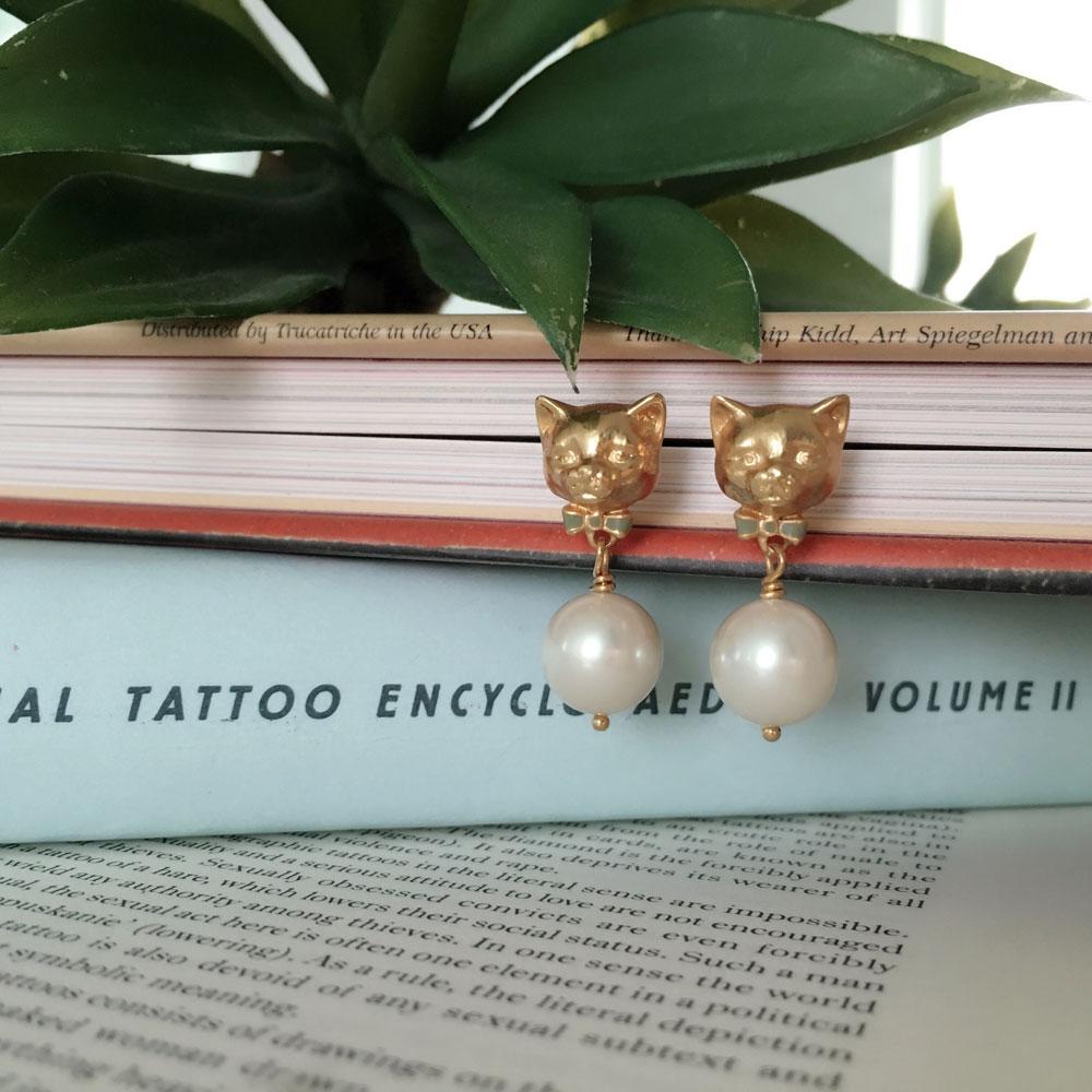 Bill Skinner | 貓咪珍珠耳環