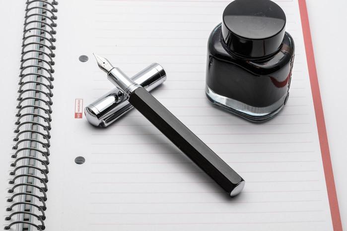 TIJ|正德國尖木質鋼筆 - 六角黑黃檀系列 (內附德國SCHMIDT K2 吸墨器)