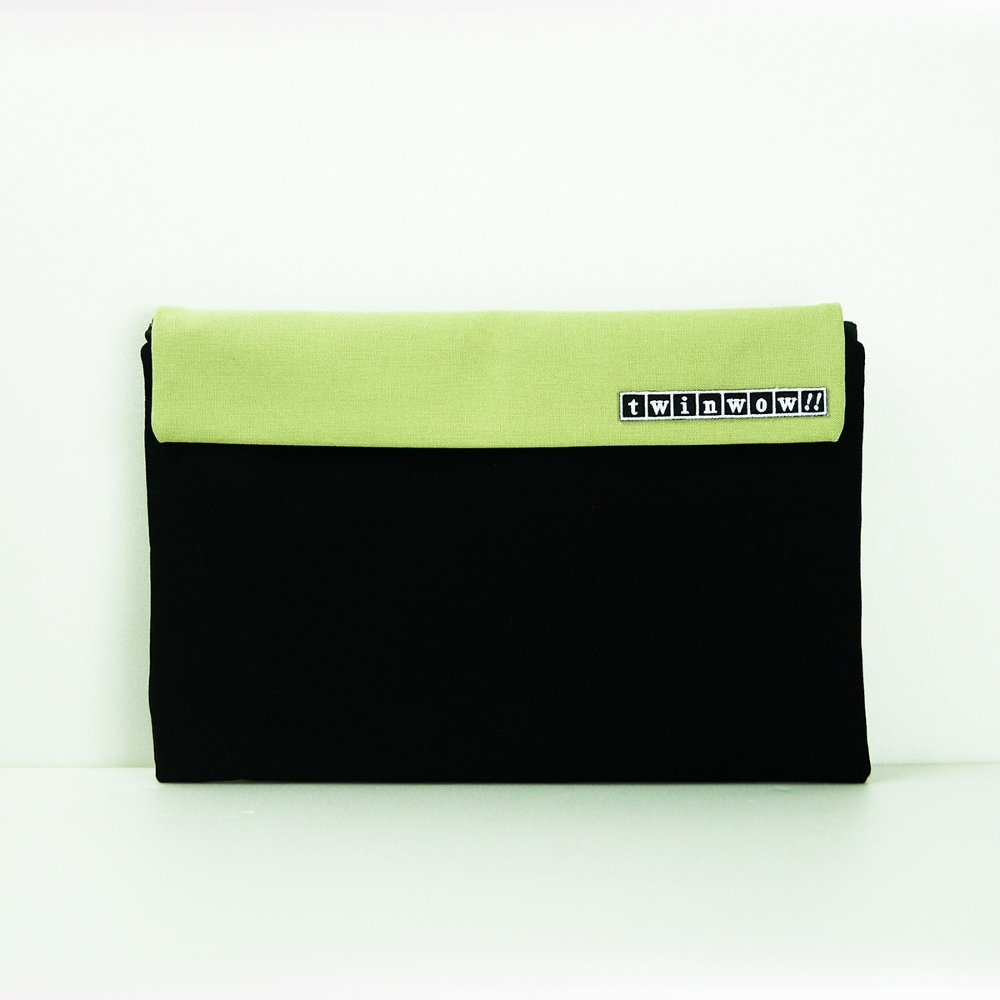 twinwow|時尚筆記 - 細緻質感平板包(時尚黑綠)
