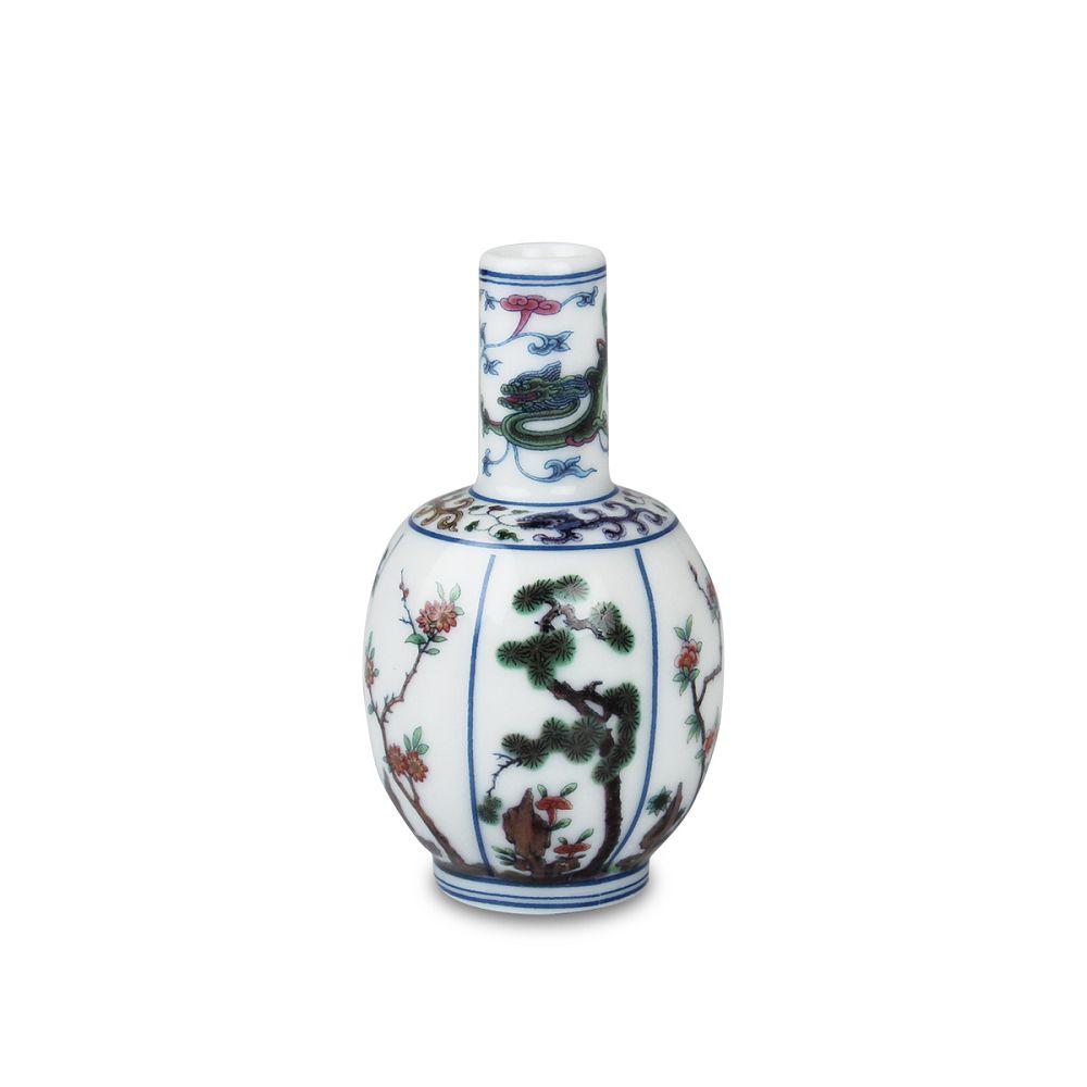 故宮精品|鬥彩花卉瓜稜瓶