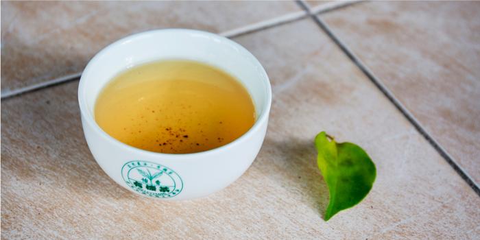 黃梔烏龍茶湯