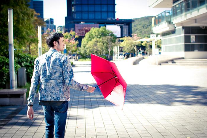 【集購】英國 A. Brolly 亞伯尼|TheTube 地表最輕 87g 防風晴雨傘
